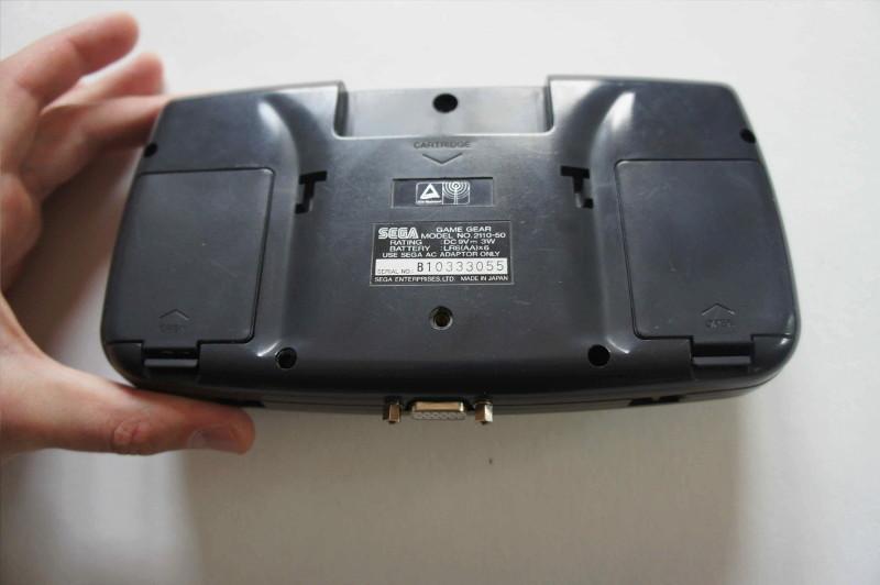[Vendu] Game gear restaurée et modée avec nouvel écran LCD Gg411