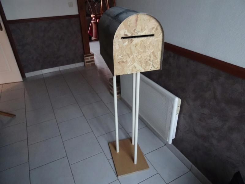 Une boîte aux lettres sans prétention Dsc08710