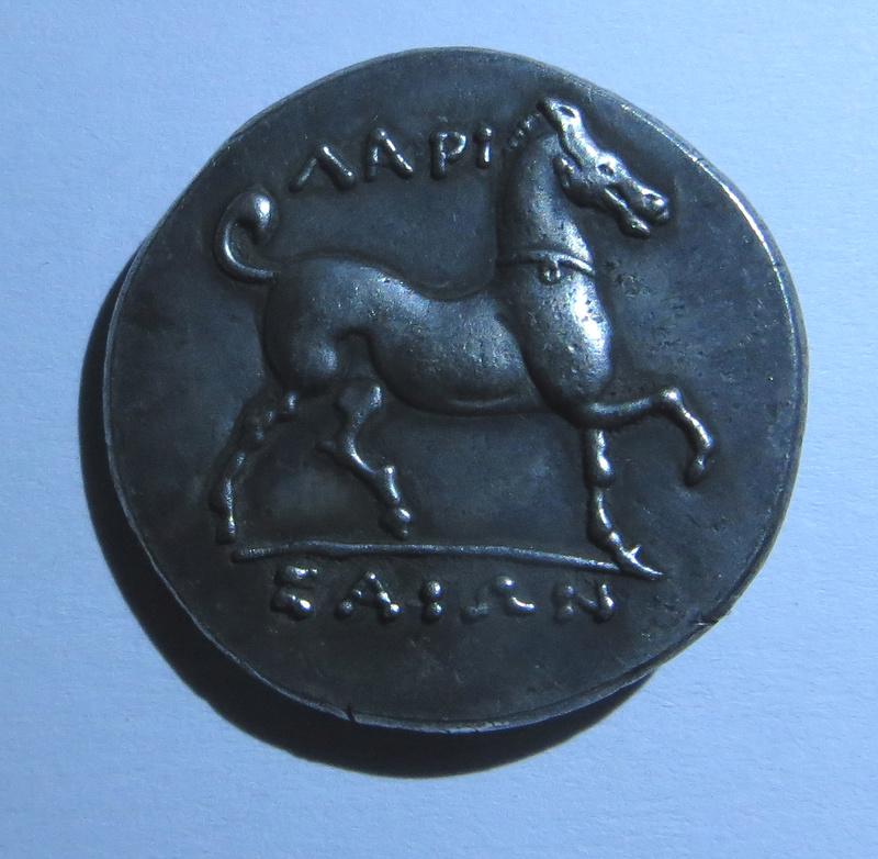Tétradrachme de Larissa en Thessalie ... vrai ou faux ? Sans_t22