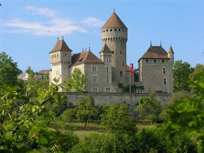 Les châteaux. A_045
