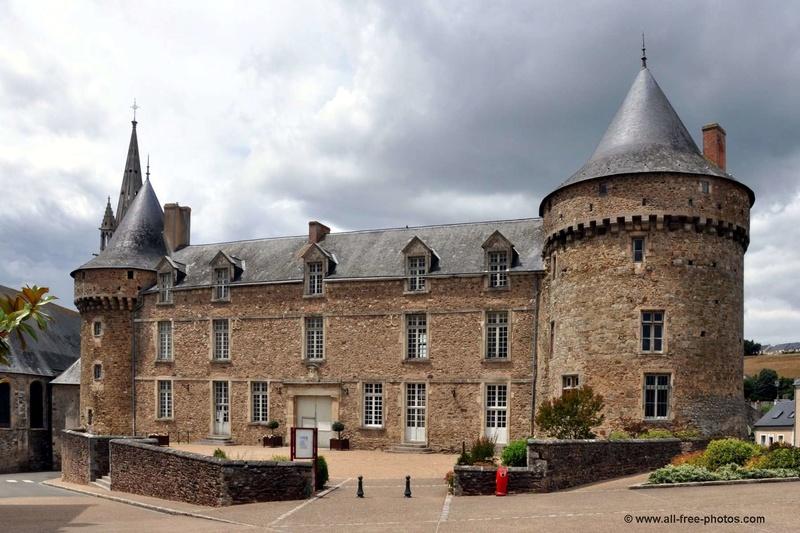 Les châteaux. A_056