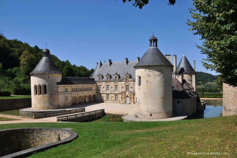 Les châteaux. A_buss10