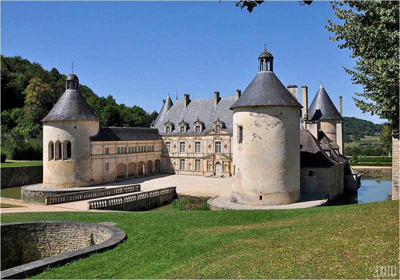Les châteaux. - Page 2 A_chat13
