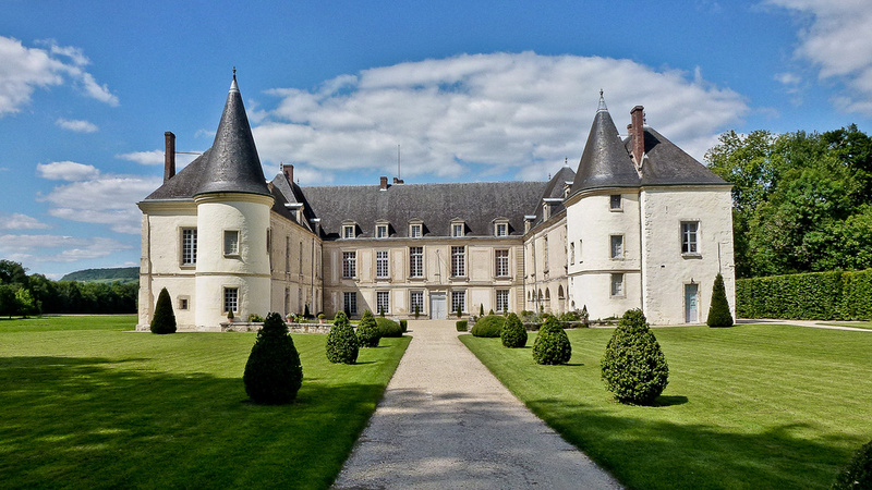 Les châteaux. - Page 2 A_cond10