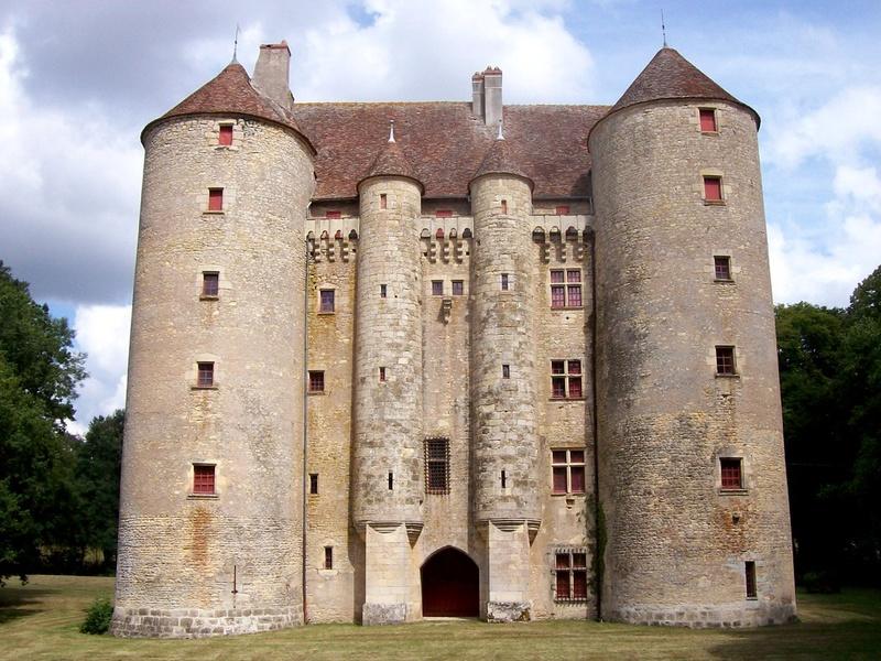 Les châteaux. - Page 2 Chat_d10