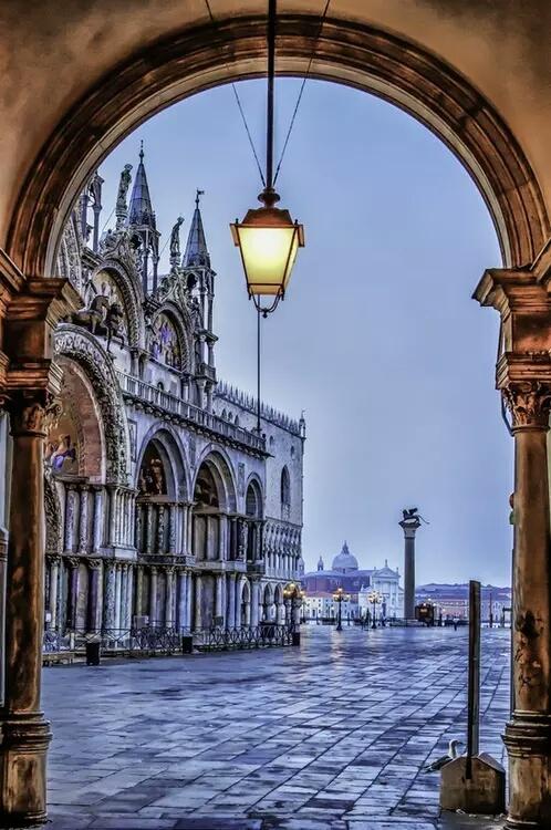 L' Italie ... - Page 3 Ita_t11