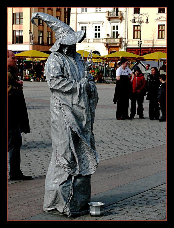 Des statues amusantes ! - Page 4 Sta_du10