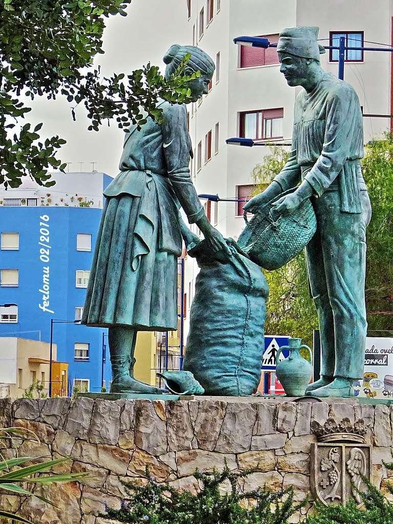 Des statues amusantes ! - Page 3 Sta_ho10