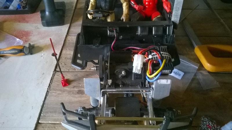 HG P402  Defender 90 pickup + remorque  - Page 2 Wp_20129