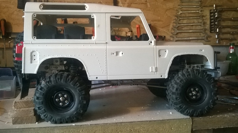 HG P402  Defender 90 pickup + remorque  - Page 2 Wp_20141