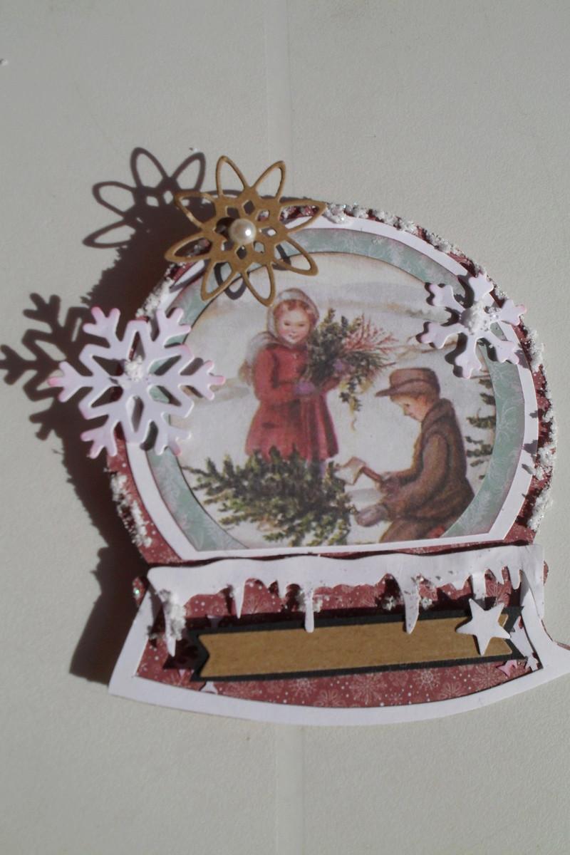 FOLDED & SHAPED CARDS Novembre/décembre 00710