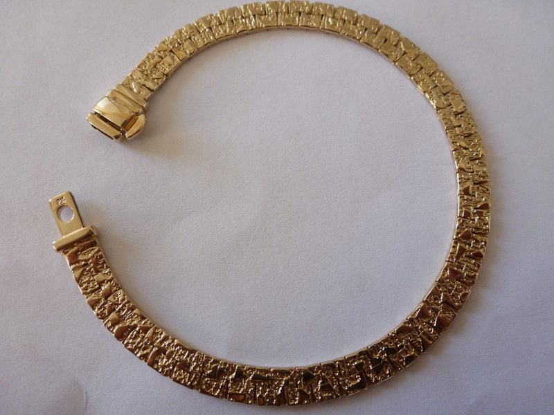 Bracelet semi rigide Plaqué P1020510