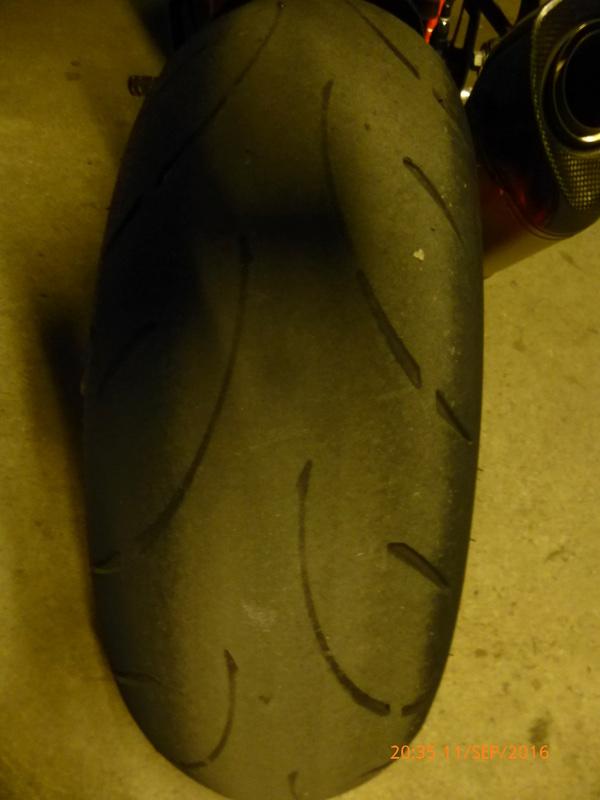 [PNEUS] Combien de kms faite vous avec vos pneus  - Page 3 P1080019