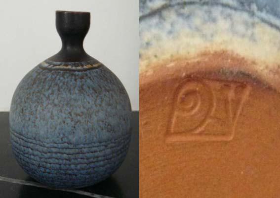 Studio Pottery Vase, Snail mark - Joan Carrillo, Spain  Escar_10