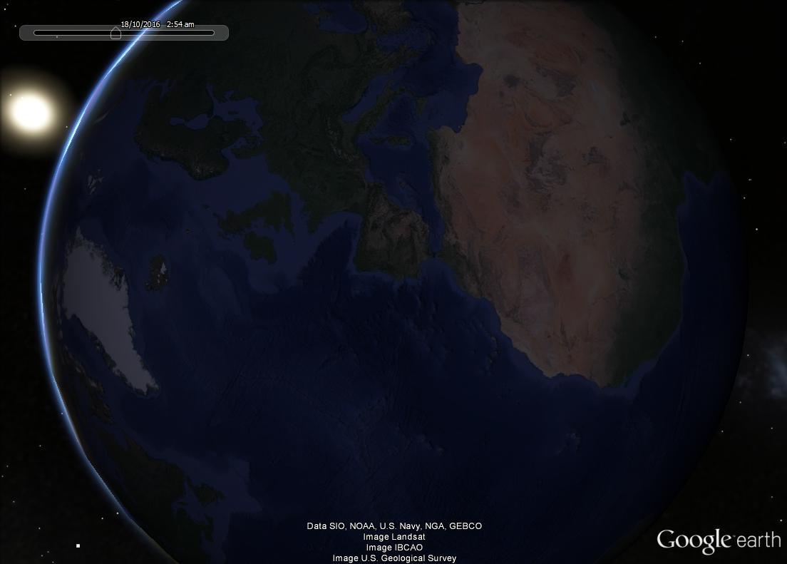 Notre planéte vue du coté nuit avec le soleil Soleil10