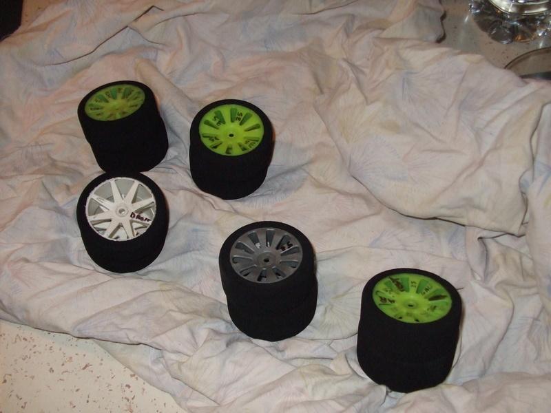 traitement pneus  MOUSSES 1/10 piste  Dscf8610