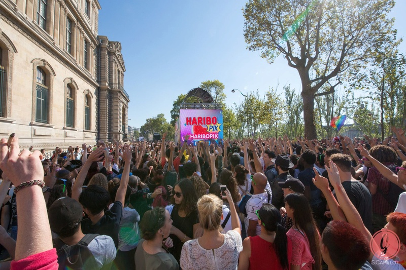[24/09/2016] Technoparade @Char Haribo Pik Soonvibes - Paris - France 14468310