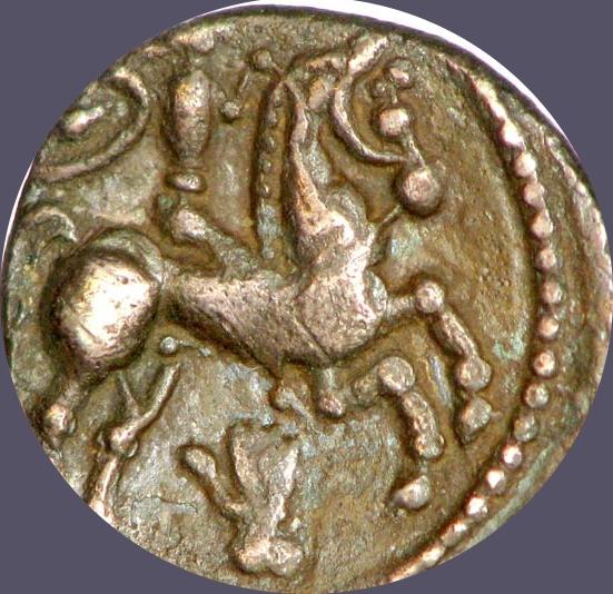 Drachme fourrée incertaine au cavalier et au fleuron (Pictons, Biturges, Carnutes ?) Main_310