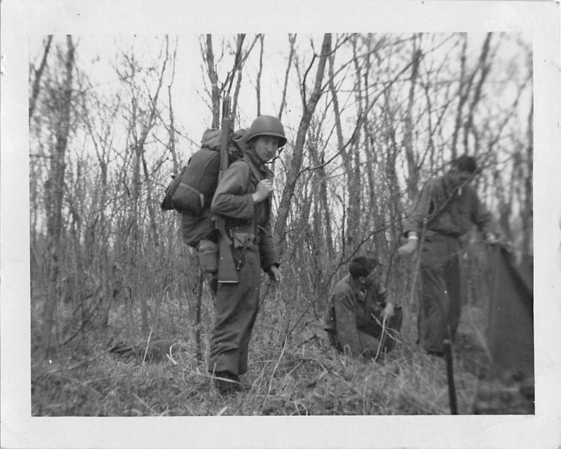 Les Images de la Guerre de Corée - Page 3 Camp_r10
