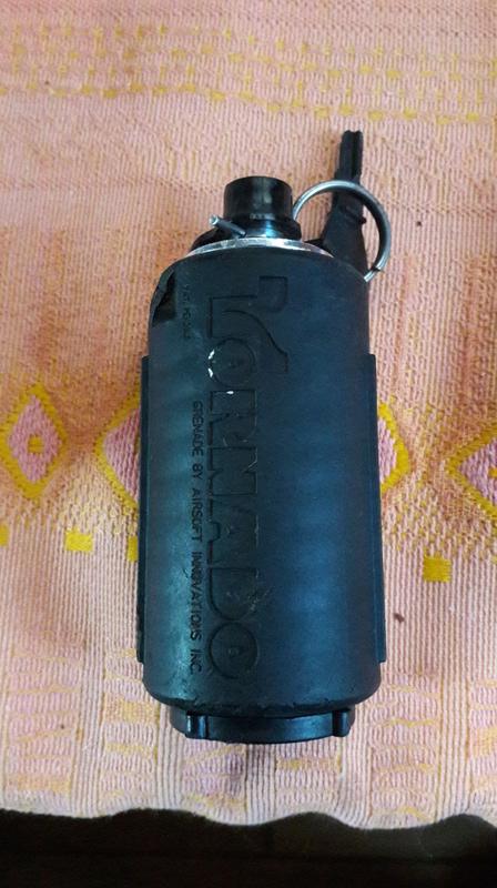 Grenade tornade 20 euros 14748211
