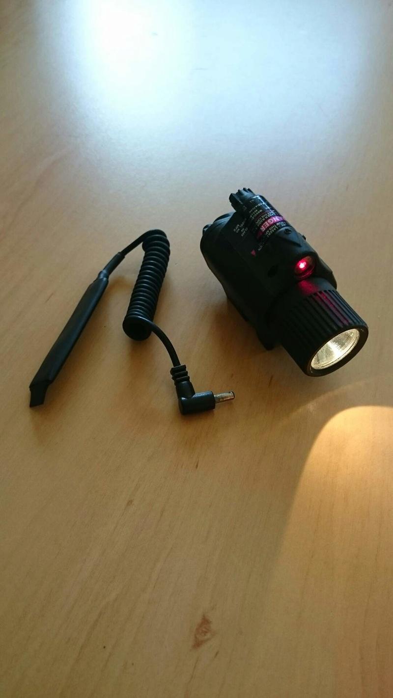 Lampe tactique et laser pour 30 euros Resize10