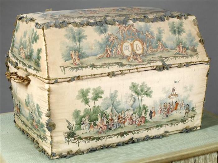 Layette royale des Enfants de France 14764510