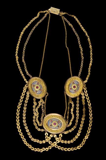 """Les colliers """"en esclavage"""" des XVIIIe et XIXe siècles 15-50910"""