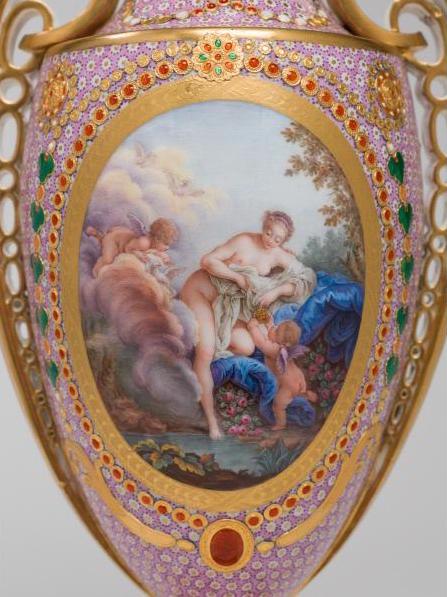Le goût de Marie-Antoinette pour la porcelaine de Sèvres à effets de pierres précieuses Marie_62