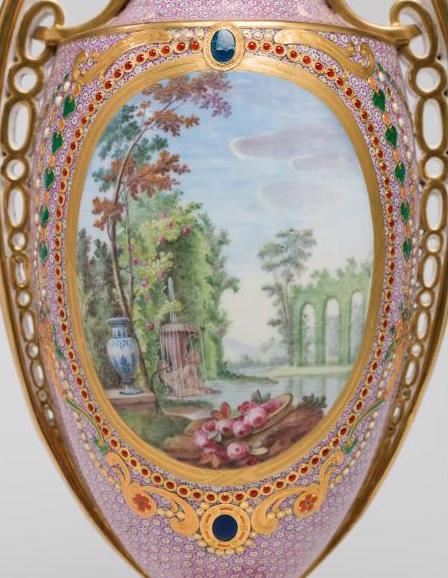 Le goût de Marie-Antoinette pour la porcelaine de Sèvres à effets de pierres précieuses Marie_64