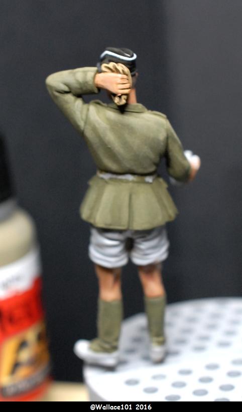 Afrika Korps AFV Commander (Verlinden Tamiya Bronco ... 1/35) Fini! - Page 2 Eclair16