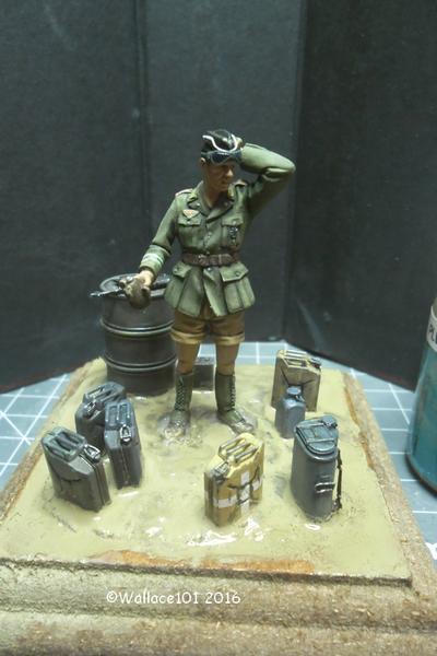 Afrika Korps AFV Commander (Verlinden Tamiya Bronco ... 1/35) Fini! - Page 8 Sam_0514