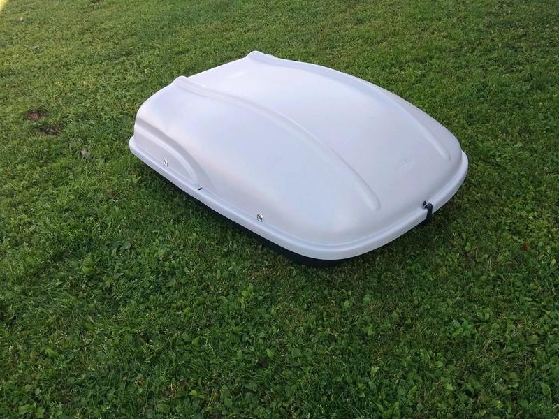 Boîte de toit SportRack **vendue** 14339810