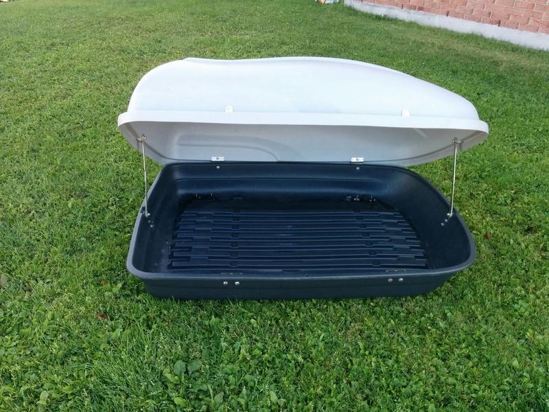 Boîte de toit SportRack **vendue** 14374810