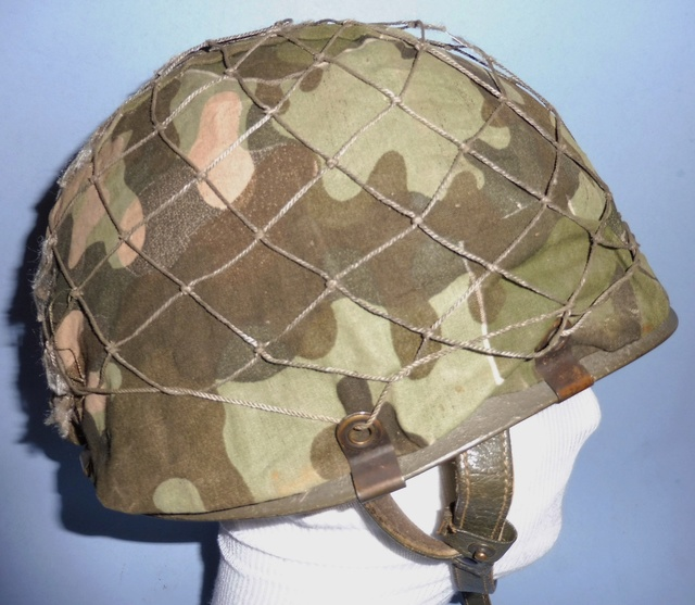 Jump Helmet with Old School Camouflage Cover Bw_par10