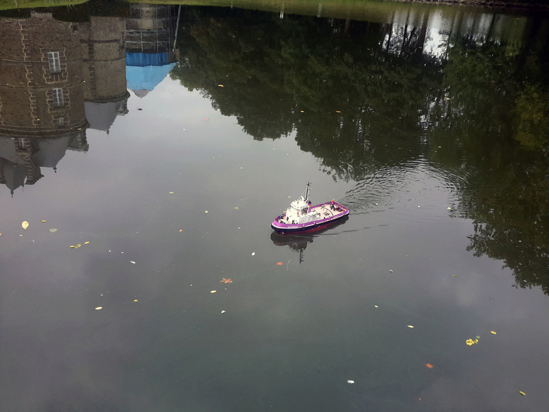 "Chateau Canisy ""Miniflotte 50"" 2016 20160108"