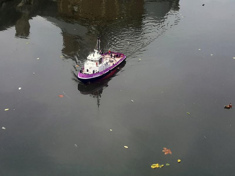 "Chateau Canisy ""Miniflotte 50"" 2016 20160111"