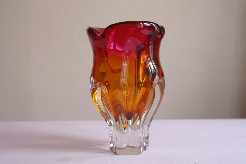 Chunky Coloured Art Glass Vase.  Sam_3514