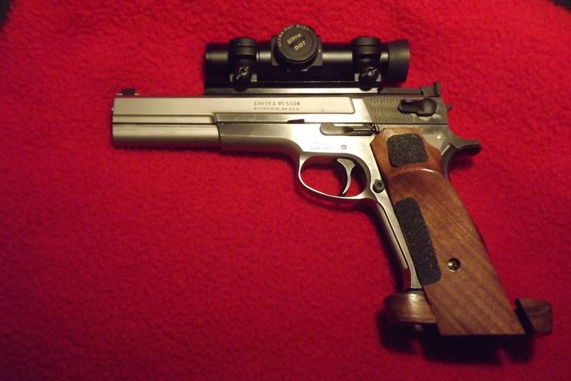 World's Most Accurate Pistols Dscf0814