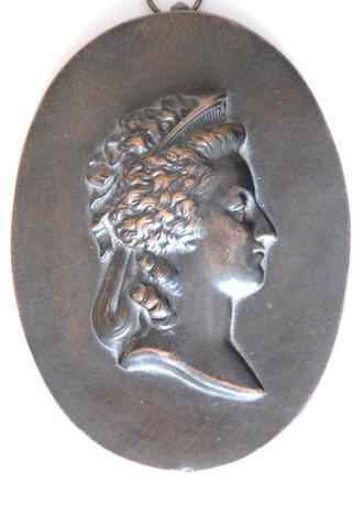 A vendre: Louis XVI et Marie Antoinette - Page 4 13314210
