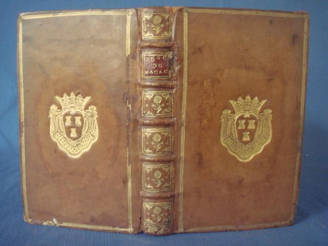 A vendre: livres sur Marie-Antoinette, ses proches et la Révolution - Page 5 15261010