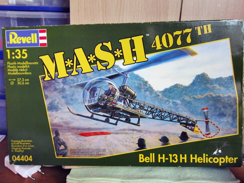 Bell H-13H  du film M.A.S.H au 35° de REVELL (les photos) Img_5027