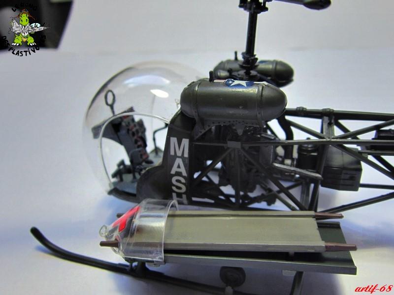 Bell H-13H  du film M.A.S.H au 35° de REVELL (les photos) Img_5035