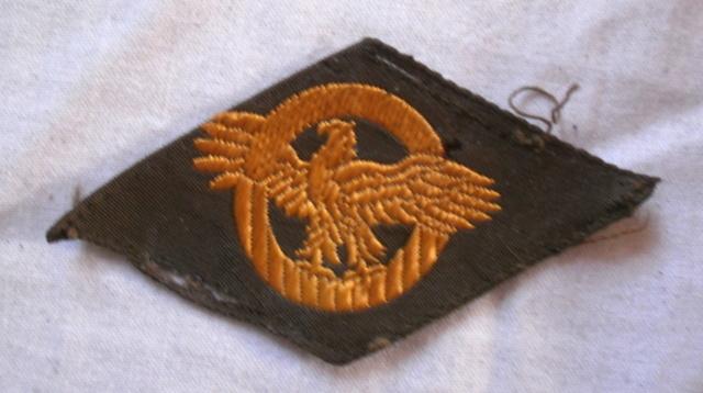 Insigne en tissu américain - Ruptured duck P4222719