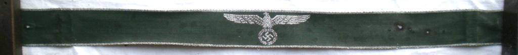 Authentification d'une bande de bras des douanes allemandes P4232810