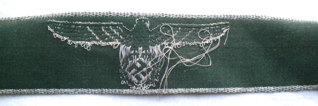Authentification d'une bande de bras des douanes allemandes P4232814