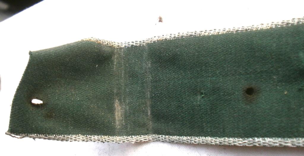 Authentification d'une bande de bras des douanes allemandes P4232816