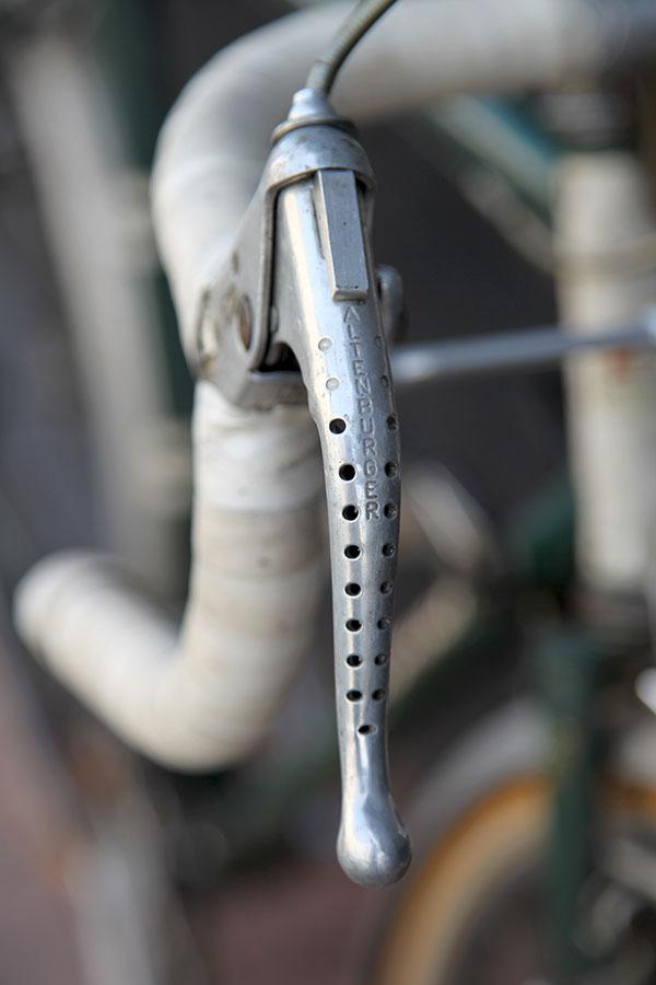 Cycles A-B-Bruxelles (A. Brioen). Y a t il des belges dans la salle ? Img_5425