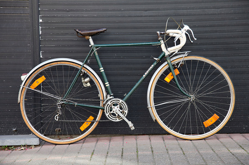 Cycles A-B-Bruxelles (A. Brioen). Y a t il des belges dans la salle ? Img_5430