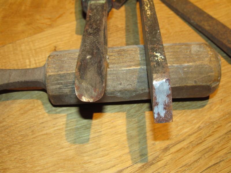 Vends ciseaux à bois + un bédane + une gouge Lbc_0010