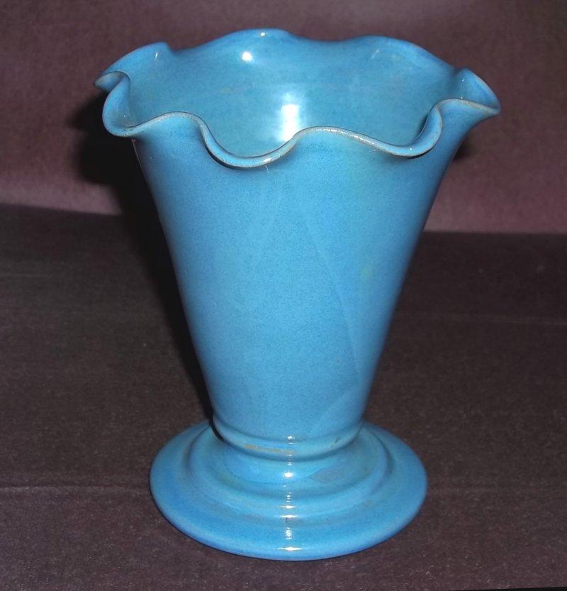 Isle of Wight stoneware vase 100_3115
